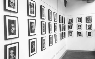 """Inaugurazione della mostra fotografica """"La benda sull'occhio"""" di Manuele Vestri"""